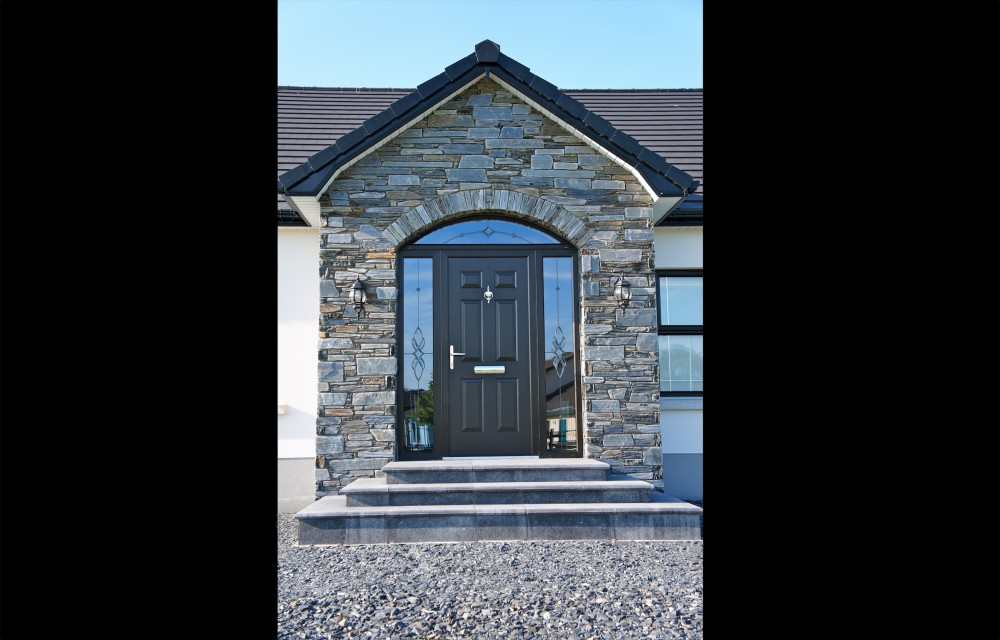 Donegal Slate With Arched Front Door Coolestone Stone Importers Suppliers Masonry Tyrone