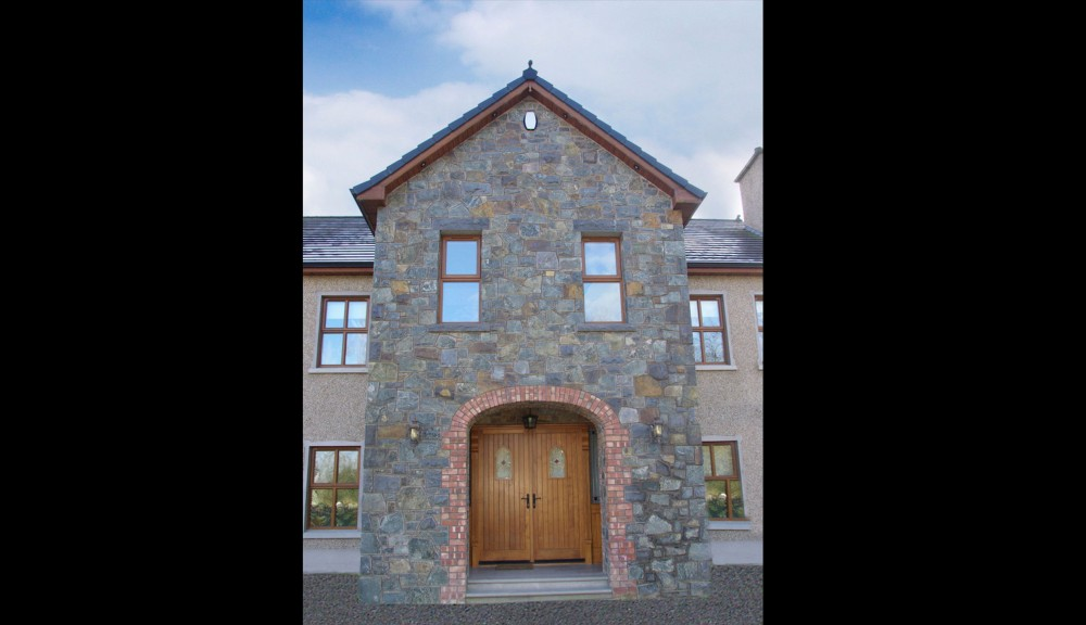 Multi coloured basalt coolestone stone importers for Brick quoin detail