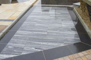 Nero Santiago Granite Paving