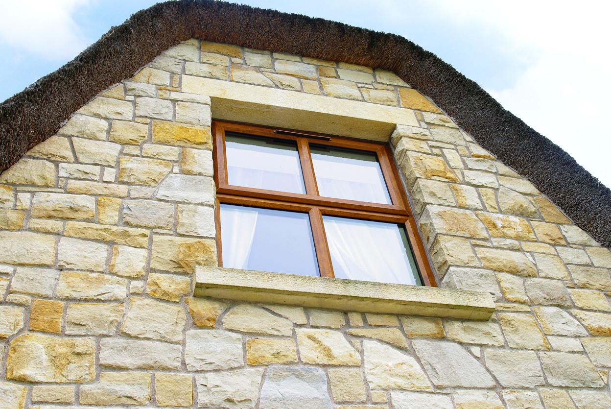 Brush Hammered Sandstone Lintel, Brush Hammered Sandstone Window cills