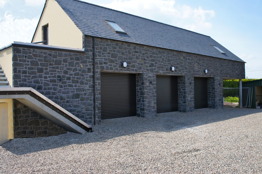 Triple garage built with 80% Split Face and 20% Natural Faced Basalt
