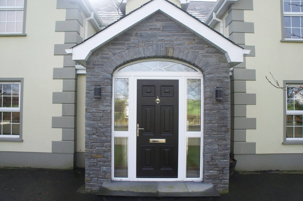 Free standing arch on front door