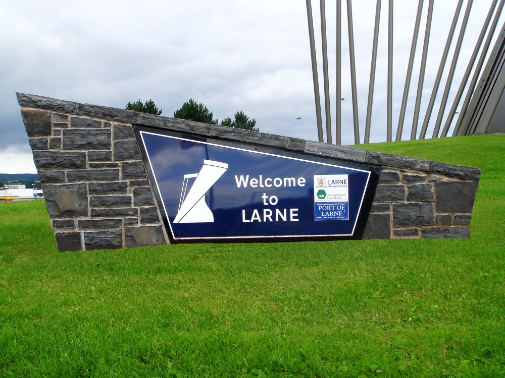 Longford Limestone welcome plaque