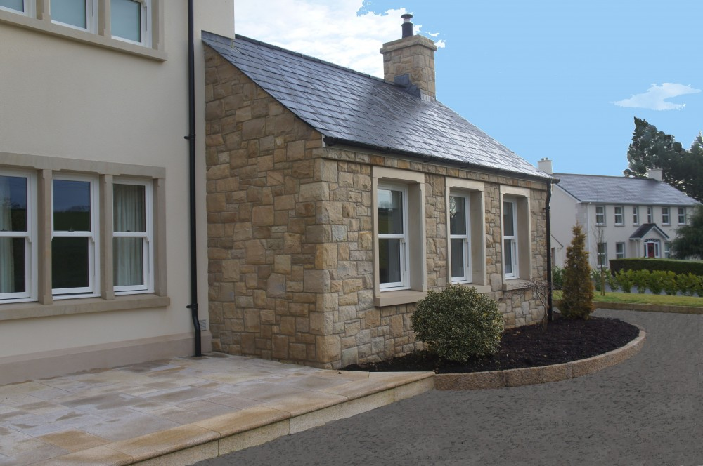 Mix of 90% Donegal and 10% Omagh Sandstone