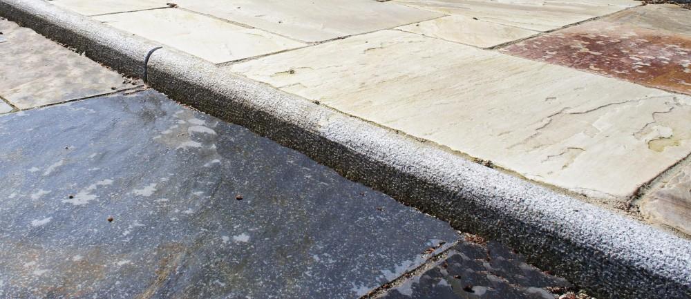 Bullnosed Silver Granite 150 x 60 Kerbs