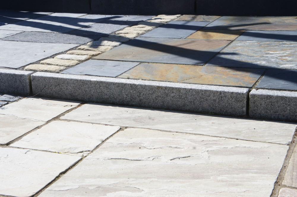 Silver Granite Kerb Flamed 150x60
