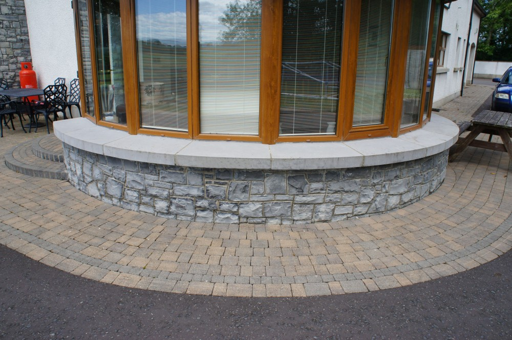 McCanns Limestone with Concrete Window Cills