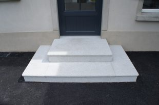 Silver Granite Steps With Bullnosed Edge